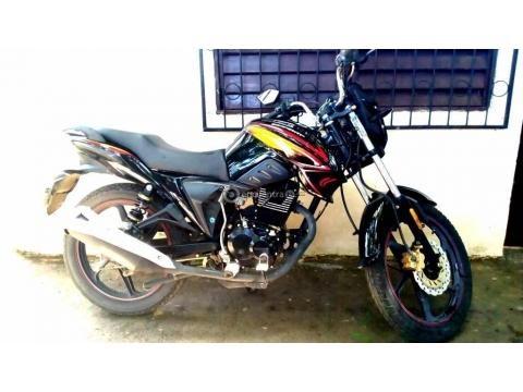 Moto Serpento 150 cc