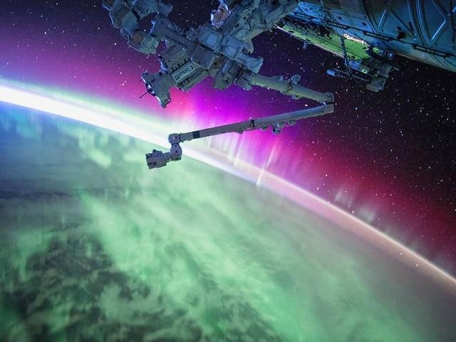 Fotos espetaculares | Diogo Schelp: Visto do espaço, o planeta Terra parece estar em paz