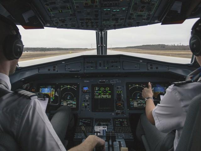 Como ser piloto de avião: o passo a passo, provas necessárias e o mercado da aviação