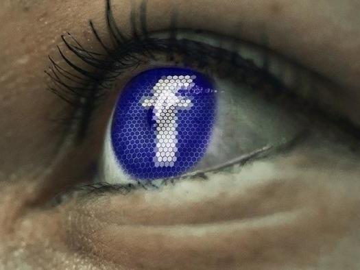 Facebook esclarece que não apagará ofensas desde que estejam contextualizadas