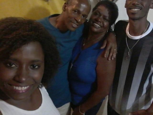 Irmã de preso por morte de jovem que tentou proteger mãe critica investigação: 'Inocente'