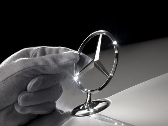 Mercedes fecha o maior contrato em nove anos