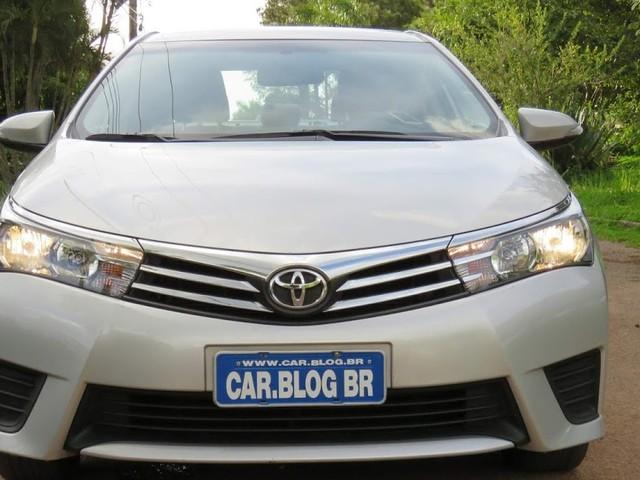 Toyota Corolla GLi 2017 usado: avaliação, preço, consumo