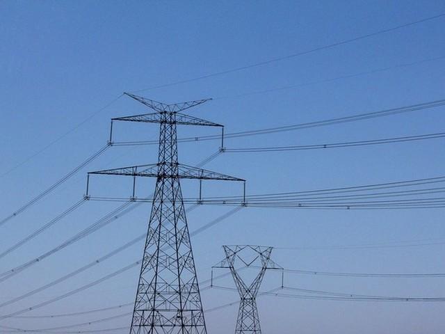 Aneel faz segundo leilão deste ano de novas linhas de transmissão de energia
