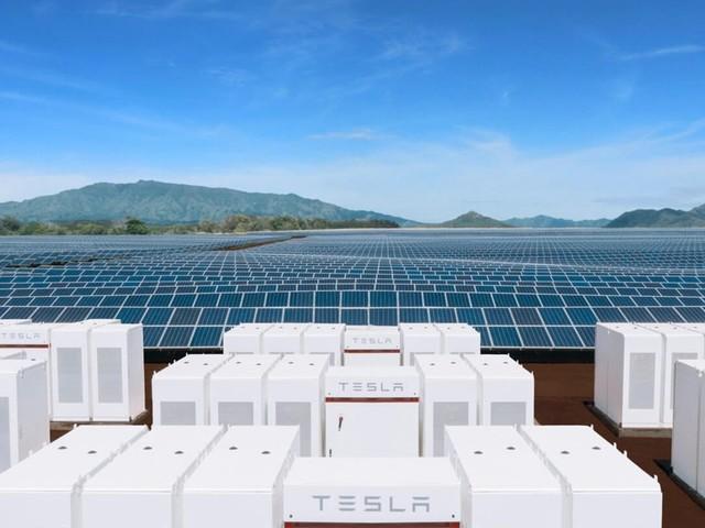 Tesla constrói maior bateria do mundo na Austrália