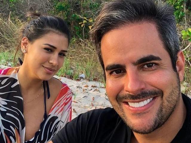 """Kaká Diniz fala sobre vida íntima com mulher, Simone Mendes e avisa: """"Daqui a seis semanas"""""""