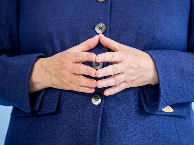 O que pode minar o caminho de Merkel rumo à reeleição?