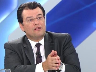 No Senado | Líder do MDB vai propor aumento real do salário mínimo em MP de Bolsonaro