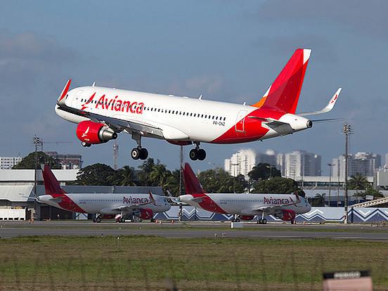 Única que não cobrava envio de mala, Avianca faz nova política de preço