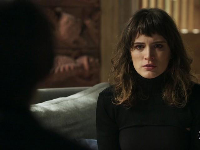 Clara define sua segunda vingança neste sábado (13) em O Outro Lado do Paraíso
