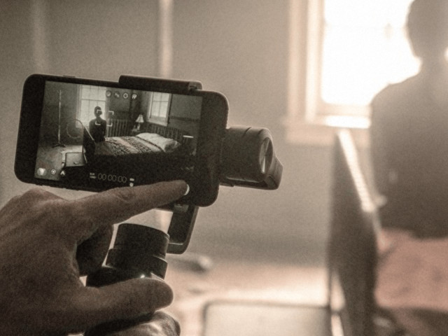 Novo filme de Zack Snyder foi filmado inteiramente com iPhone