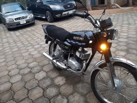 Motocicleta Suzuki Ax100 2018