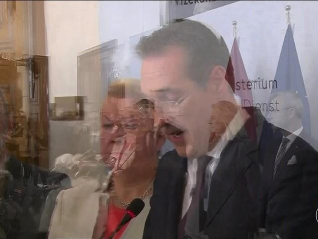 Presidente austríaco defende realização de novas eleições em setembro