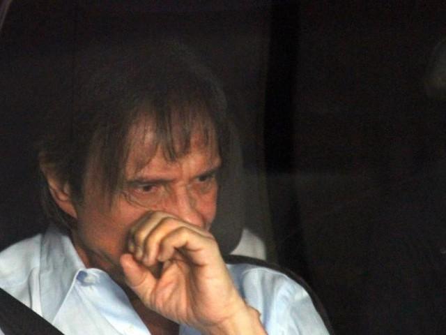 Roberto Carlos, após maltratar fã, é citado em documentos de fraudes fiscais e precisa se explicar para a justiça