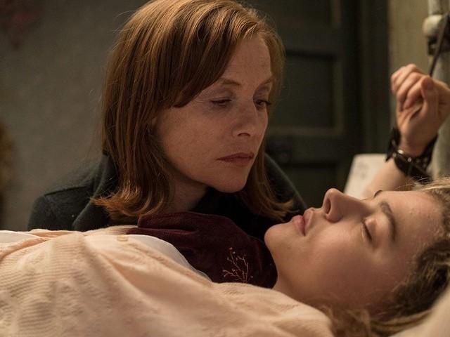 Isabelle Huppert conta como se divertiu em 'Obsessão': 'Papel mais insano da minha carreira'