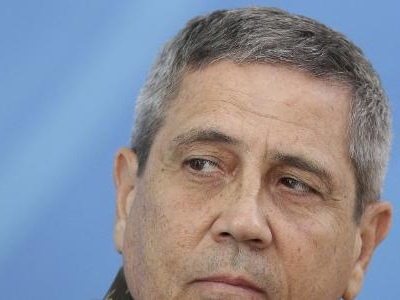 Walter Braga Netto   Novo chefe da Casa Civil só aplicou 10% do dinheiro da intervenção no Rio