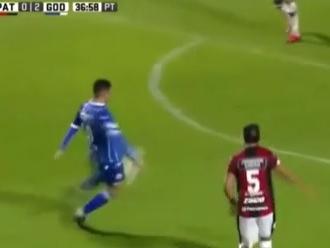 Tabelinha, chutaço e golaço: confira o que fez o Giménez, do Godoy Cruz