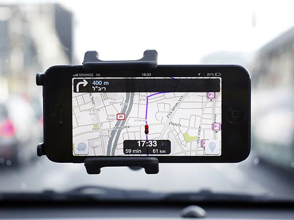 Waze e Moovit se preparam para futuro de carros autônomos