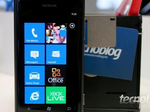 Smartphones com Windows Phone 7.5 e 8.0 vão parar de receber notificações