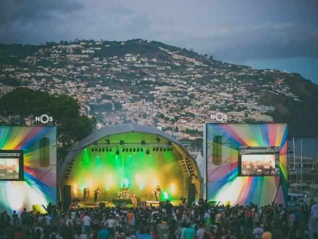 Richie Campbell e Salvador Sobral animam fim-de-semana do NOS Summer Opening