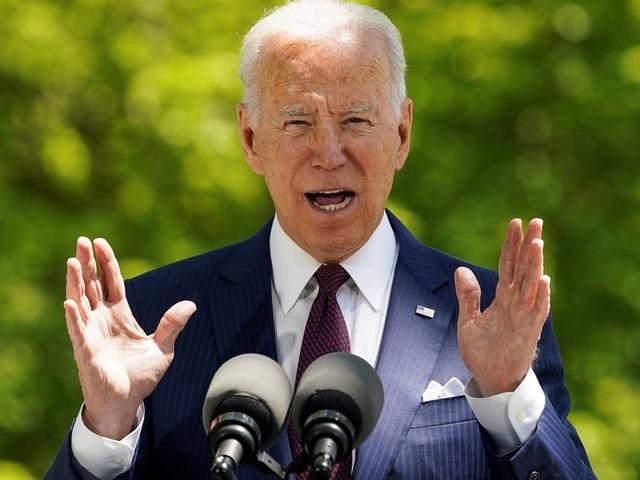 Com pacotes de estímulo que somam US$ 6 trilhões, Biden reabre o debate sobre a austeridade fiscal