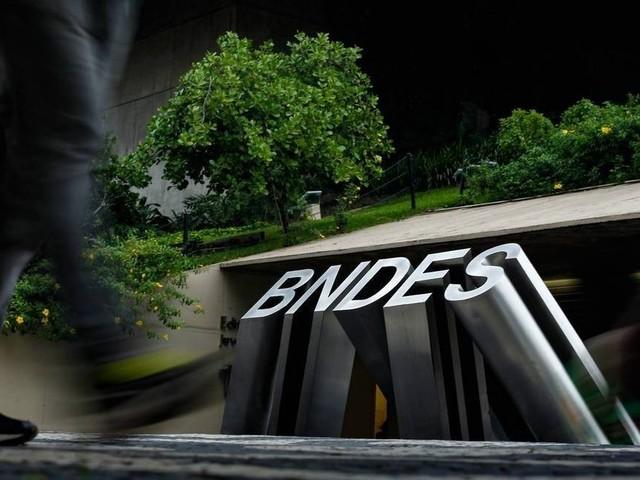Auditoria para investigar operações do BNDES com JBS foi reajustada 2 vezes até chegar R$ 48 milhões