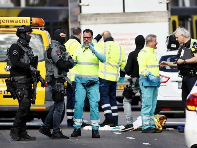 Atirador deixa vários feridos em estação de bonde na Holanda