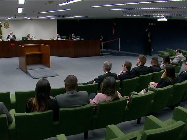 Supremo avalia mudar regimento para aumentar quantidade de julgamentos virtuais