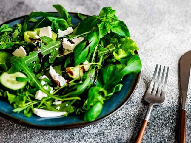 Alimentação saudável: veja motivos para consumir mais folhas verdes escuras