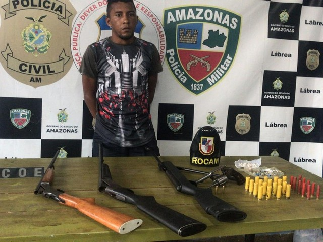 Homem é preso com armas, munições e drogas em Lábrea, no AM