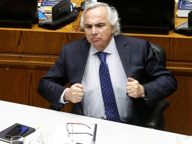 Senadores chilenos aprovam acusação política contra ex-ministro de Piñera por abusos cometidos em manifestações