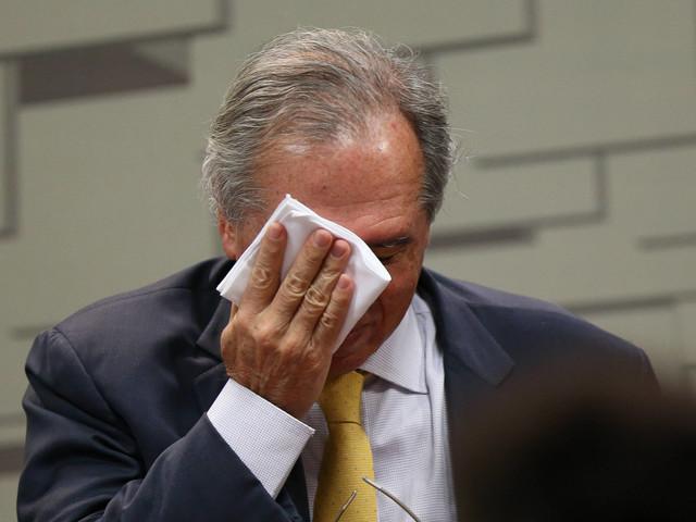 Após intervenção na Petrobras, Guedes diz que é possível consertar decisão 'não muito razoável' de Bolsonaro na economia