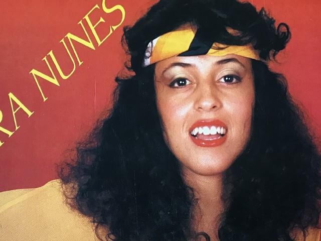 Laura Nunes - Só o amor constrói (LP 1993)