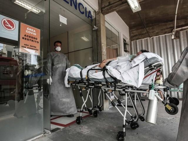 Brasil bate recorde de média móvel de mortes por Covid-19 pelo terceiro dia consecutivo