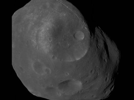 Vídeo mostra detalhes de Fobos, lua de Marte, capturados por sonda da ESA