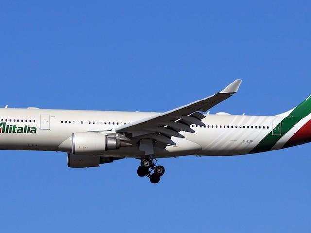 Como é voar com a Alitalia entre o Rio de Janeiro e Roma na classe econômica