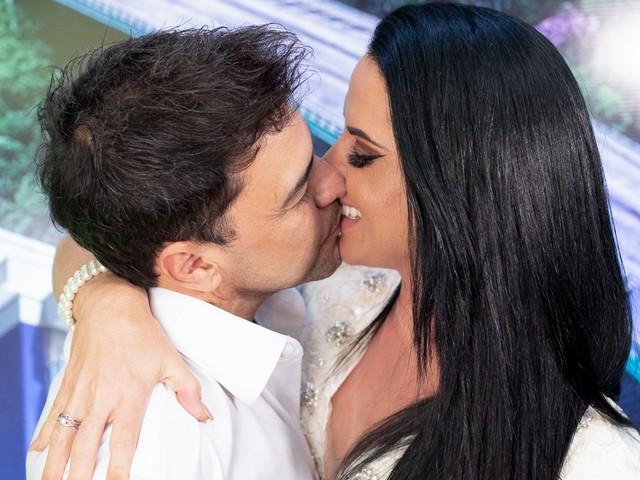 Noiva de Zezé di Camargo, Graciele Lacerda posta foto de quando tinha 21 anos e recebe elogios