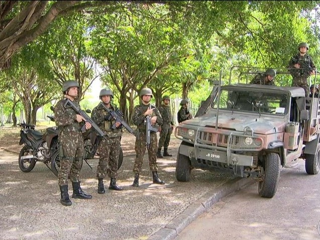 Qual o real interesse da intervenção militar no Rio?