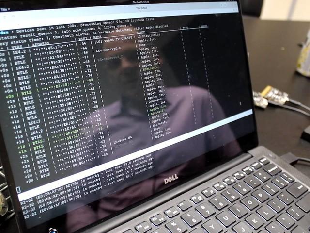 Especialista mostra celular Android sendo hackeado; assista