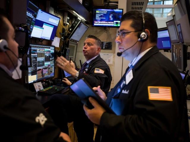 Índices de NY abrem em queda, em linha com bolsas de valores globais