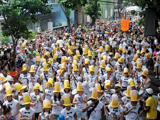 Veja a programação dos blocos de rua do carnaval do Rio neste domingo