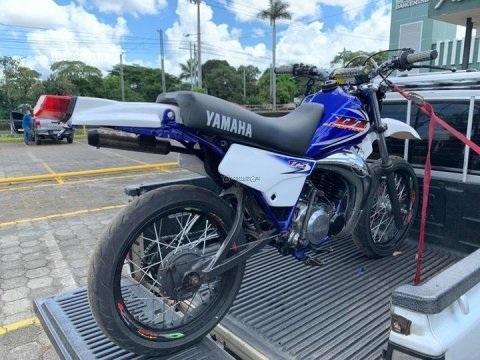 Yamaha DT 175. restaurada new
