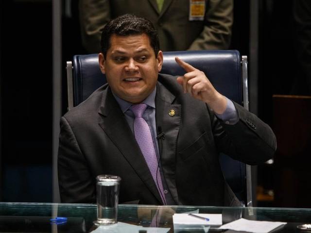 Presidente do Senado é investigado em dois inquéritos no STF