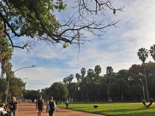 Calor de até 39ºC provoca alerta para chuva isolada no RS