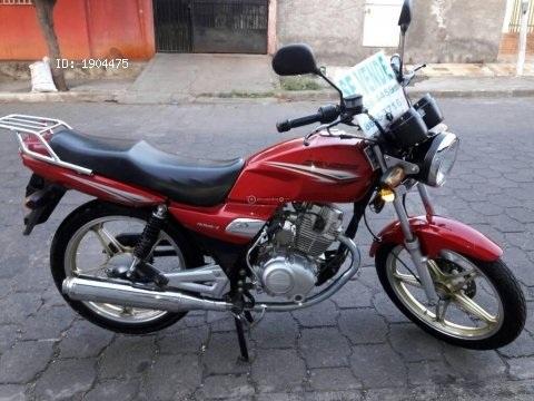 VENDO MOTO GENESIS HJ 125 AÑO 2015