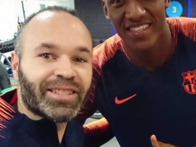 Yerry Mina não é relacionado no Barça e rumores sobre saída aumentam