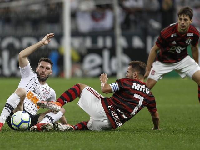 Flamengo de Abel Braga enfrenta semana para testar ajustes