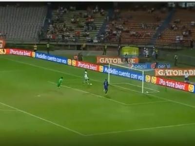 Pogba faz famosa dança para comemorar gol em amistoso antes de a bola entrar