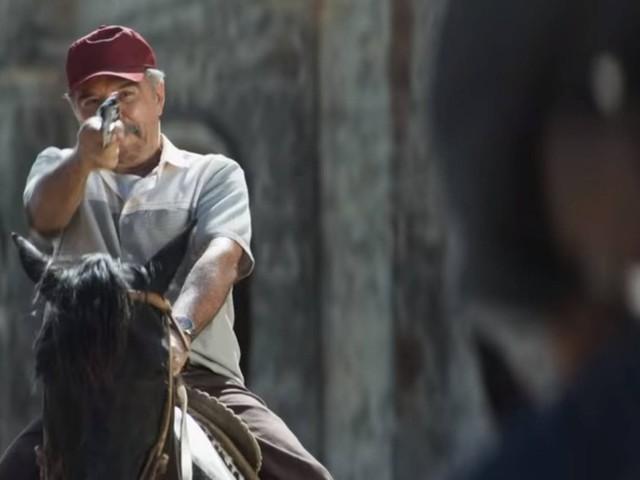 'A dona do pedaço' estreia em clima de bang bang: famílias de pistoleiros e amor proibido