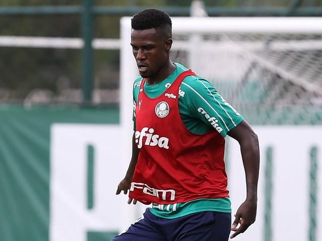 Palmeiras empresta zagueiro Pedrão ao Athletico Paranaense